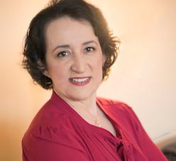 Raya Khashab - blogger on Maroon Oak